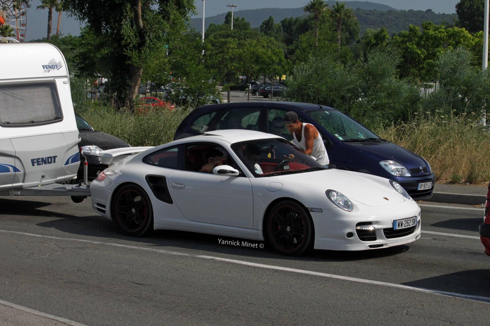 Porsche 911 Turbo Spotted Towing Caravan Gtspirit