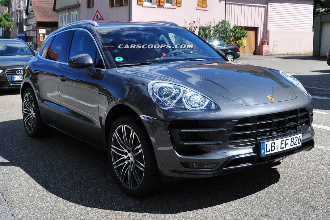 Spyshots: 2014 Porsche Macan Turbo Snapped Undisguised