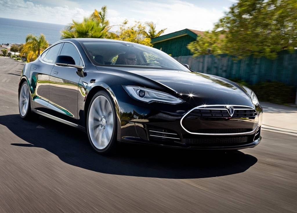 Around 1,700 Tesla Model S' Being Sold Each Month