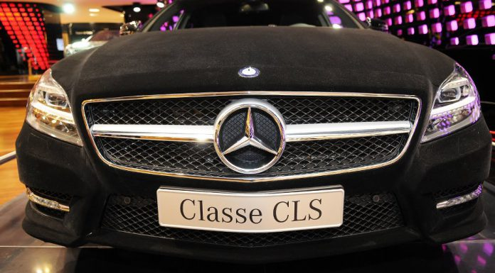 Video: Mercedes-Benz CLS350 Shooting Brake Receives Velvet Wrap