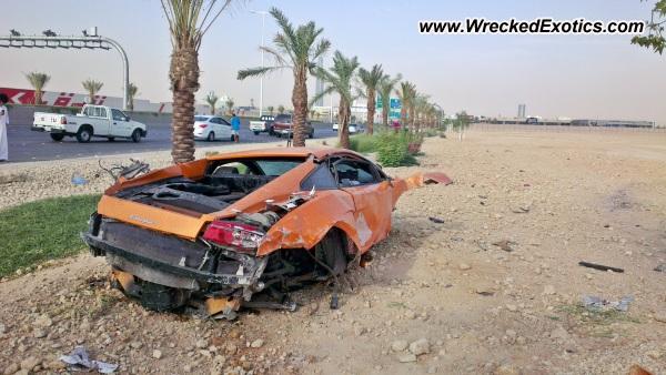 Saudi Arabian Lamborghini Gallardo LP560-4 Destroyed