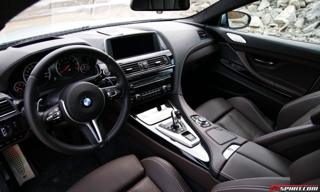 2014-BMW-M6-Sedan-Wallpapers