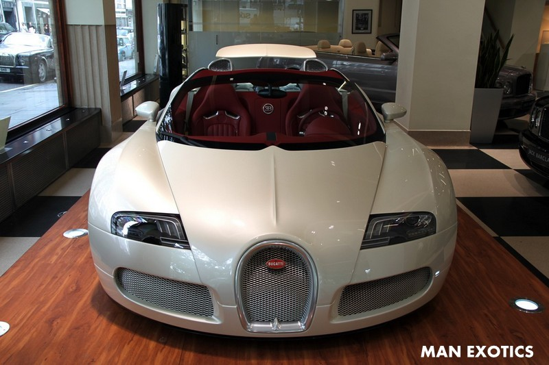 White 2010 Bugatti Veyron Grand Sport Could be Yours (If You're Rich)