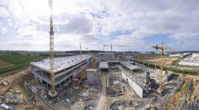 Audi Celebrates Construction of new Audi R8 Production Facility
