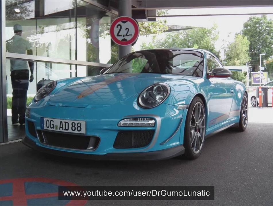 Meet A Rare Baby Blue Porsche 911 Gt3rs 4 0 Gtspirit