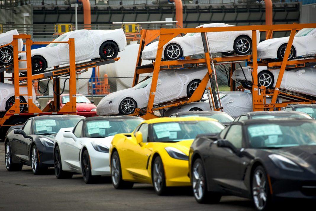 2014 Corvette Stingray Dealer Deliveries Commence