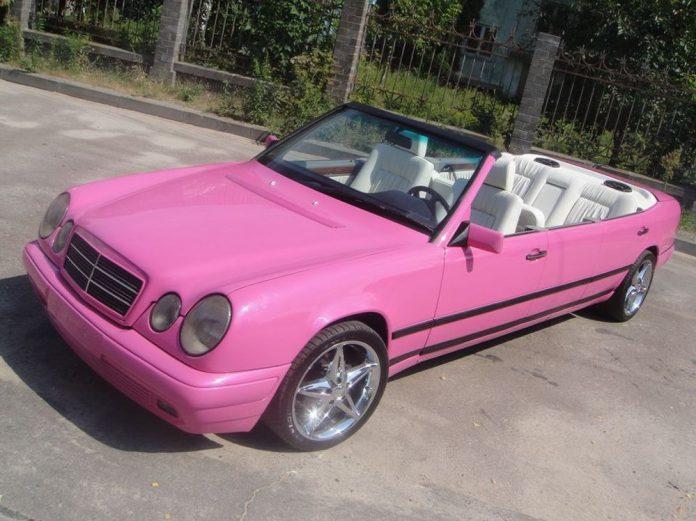 Pink Mercedes-Benz E-Class Convertible Limo Will Sicken You