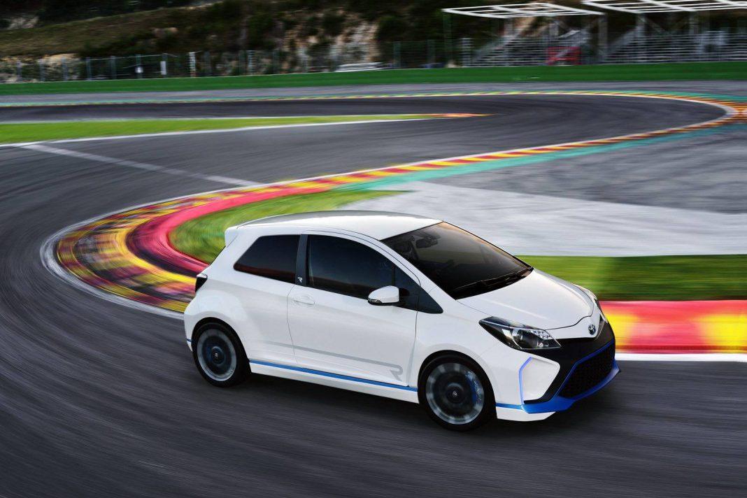 Official: Toyota Yaris Hybrid R