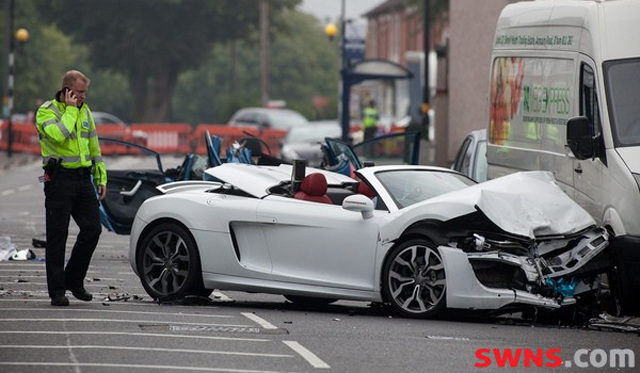 Audi R8 V10 Spyder Crash in Birmingham Leaves Woman Dead