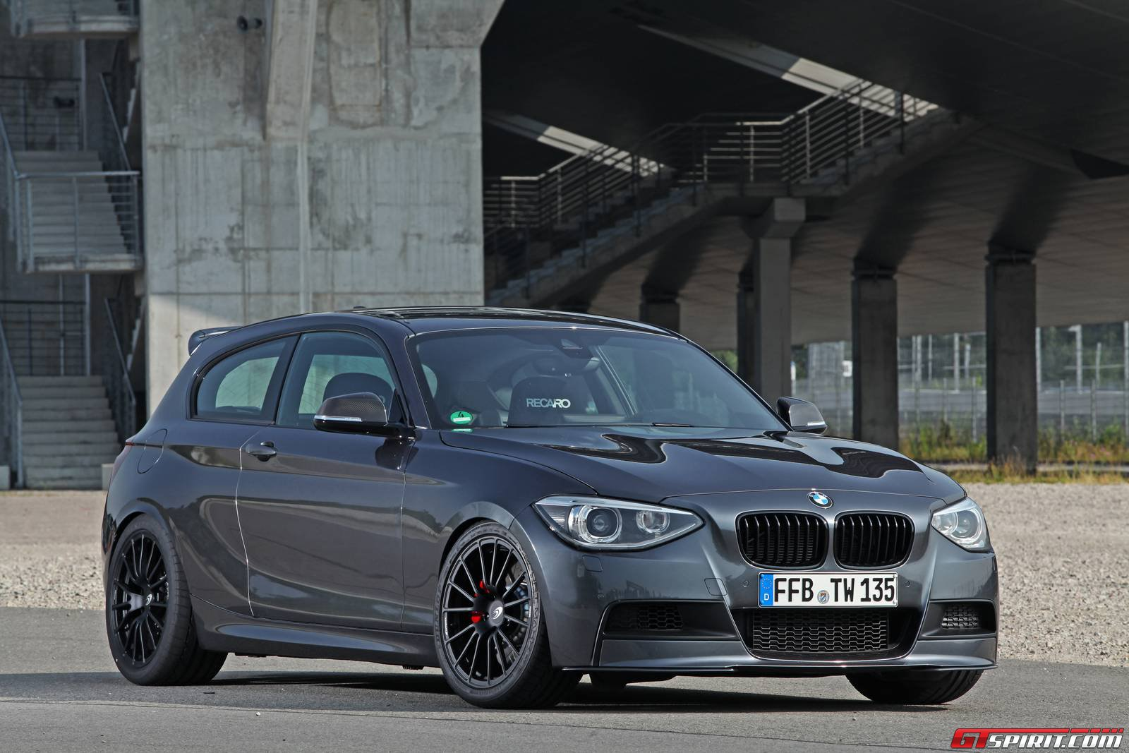 official tuningwerk bmw m135i gtspirit. Black Bedroom Furniture Sets. Home Design Ideas