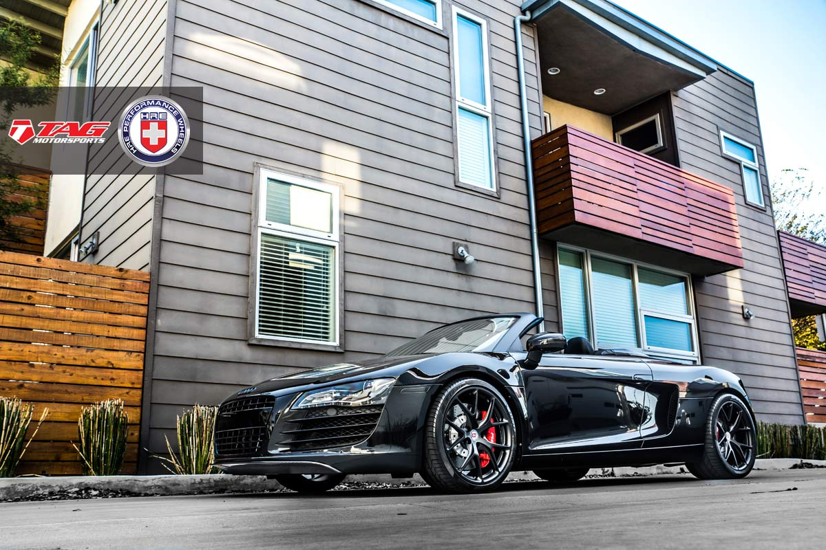 Audi R8 Spyder Black Wallpaper
