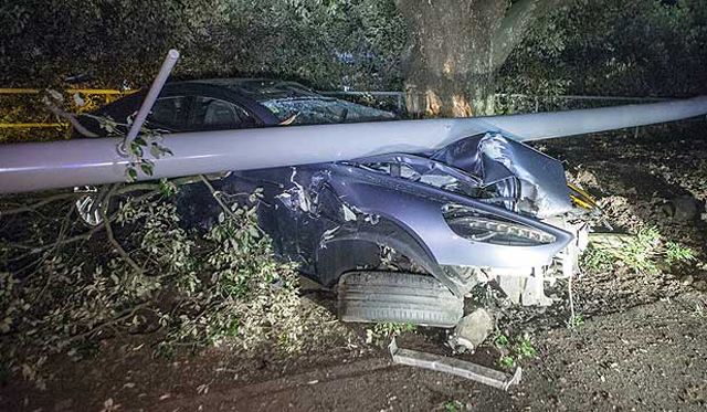 Aston Martin Rapide Destroyed in New Zealand
