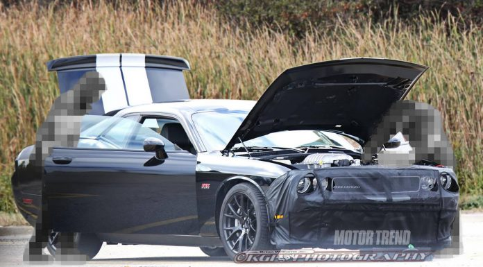 2015 Dodge Challenger Spied Sporting new Hellcat Hemi V8