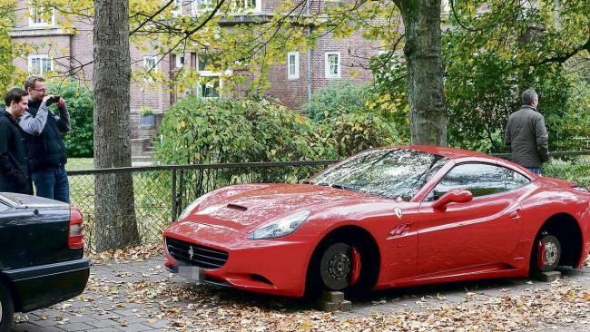 Ferrari California Wheels Stolen