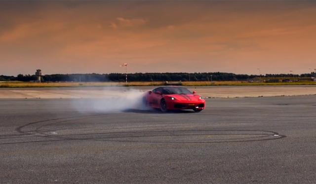Ferrari 430 Scuderia and Replica Dubai Police Lamborghini Aventador Play on Runway