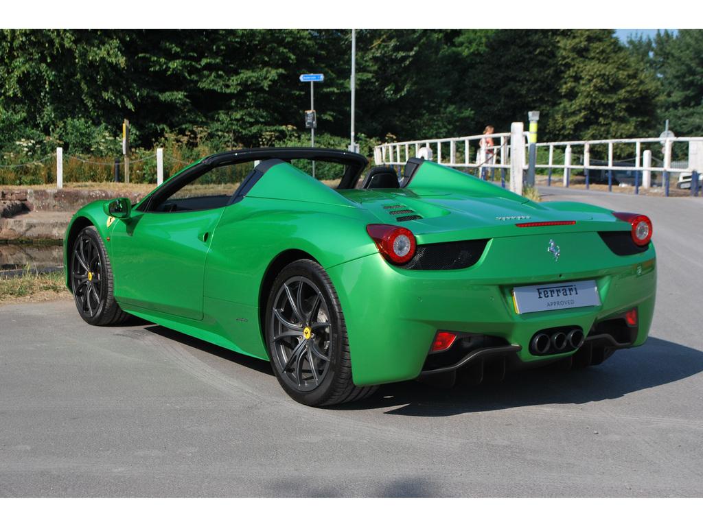 verde kers lucido green ferrari 458 spider for sale in the uk - Ferrari 458 Spider Green