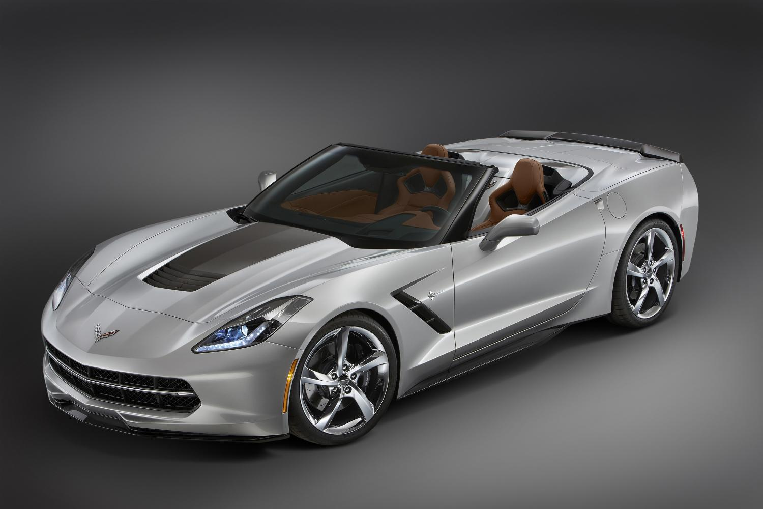 Chevrolet Unveils Three Unique C7 Corvettes for SEMA 2013