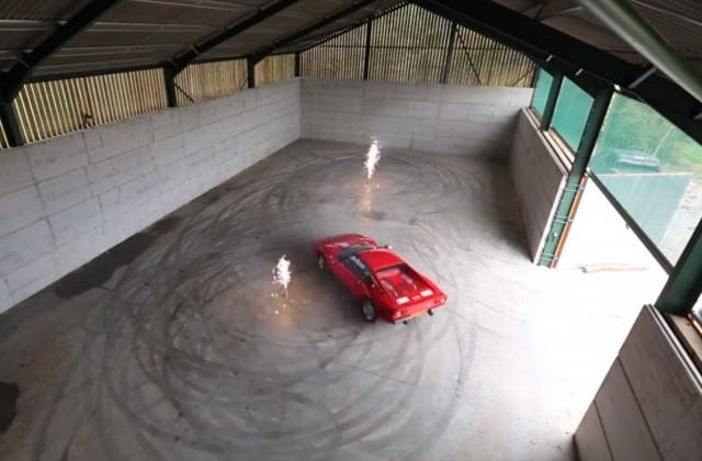 Drifting Ferrari 288 GTO