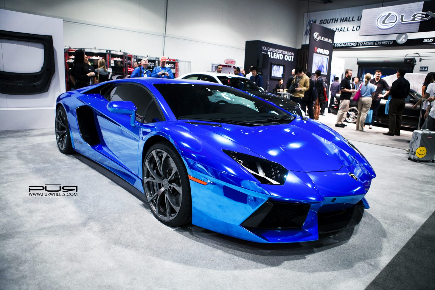 Sema 2013 Chrome Blue Lamborghini Aventador On Pur Wheels