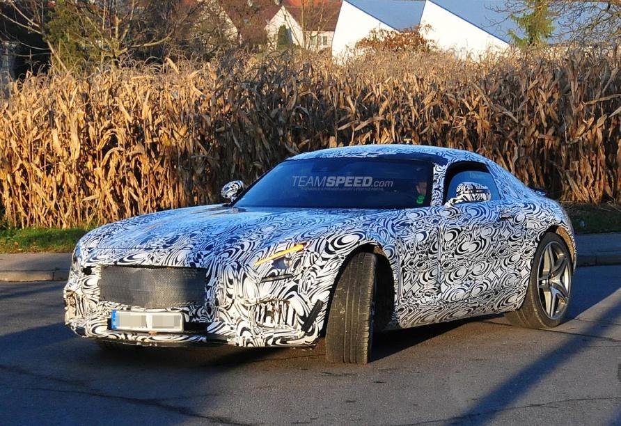 2016 Mercedes-Benz AMG GT Spied Up Close
