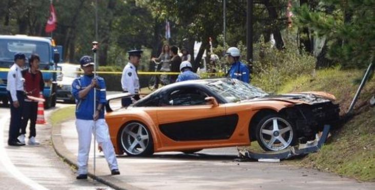 Mazda RX 7 Crash