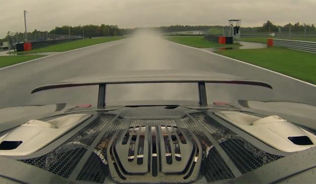 Meet the Porsche 918 Spyder in Moscow, Russia