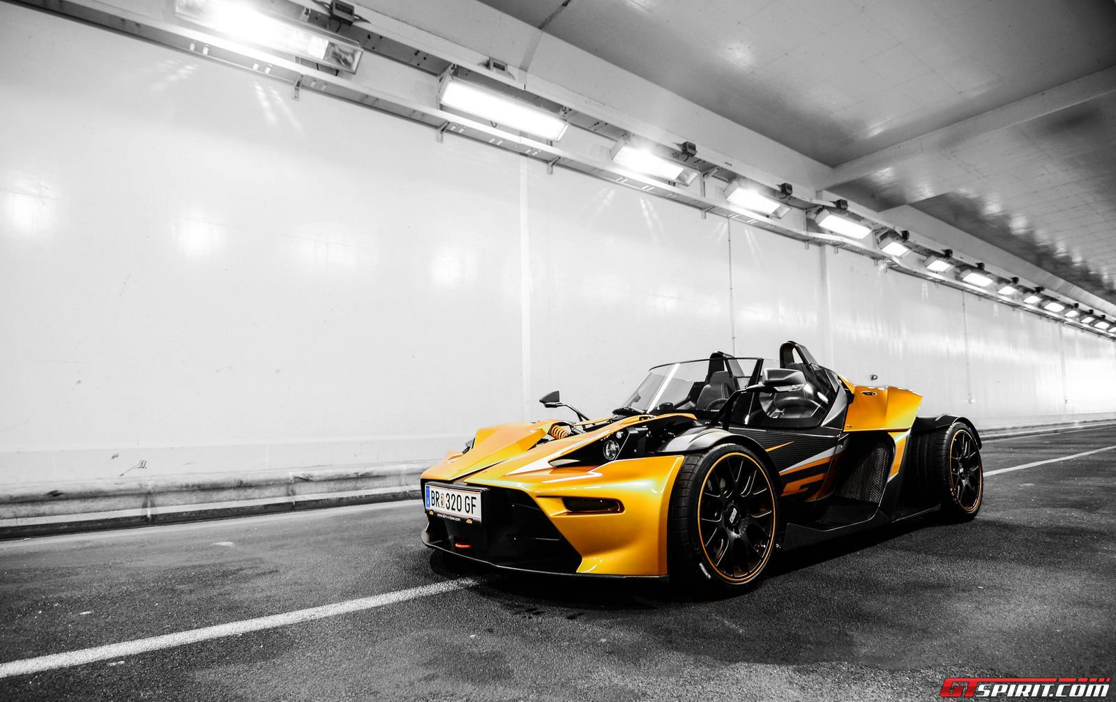first drive ktm x bow gt gtspirit. Black Bedroom Furniture Sets. Home Design Ideas
