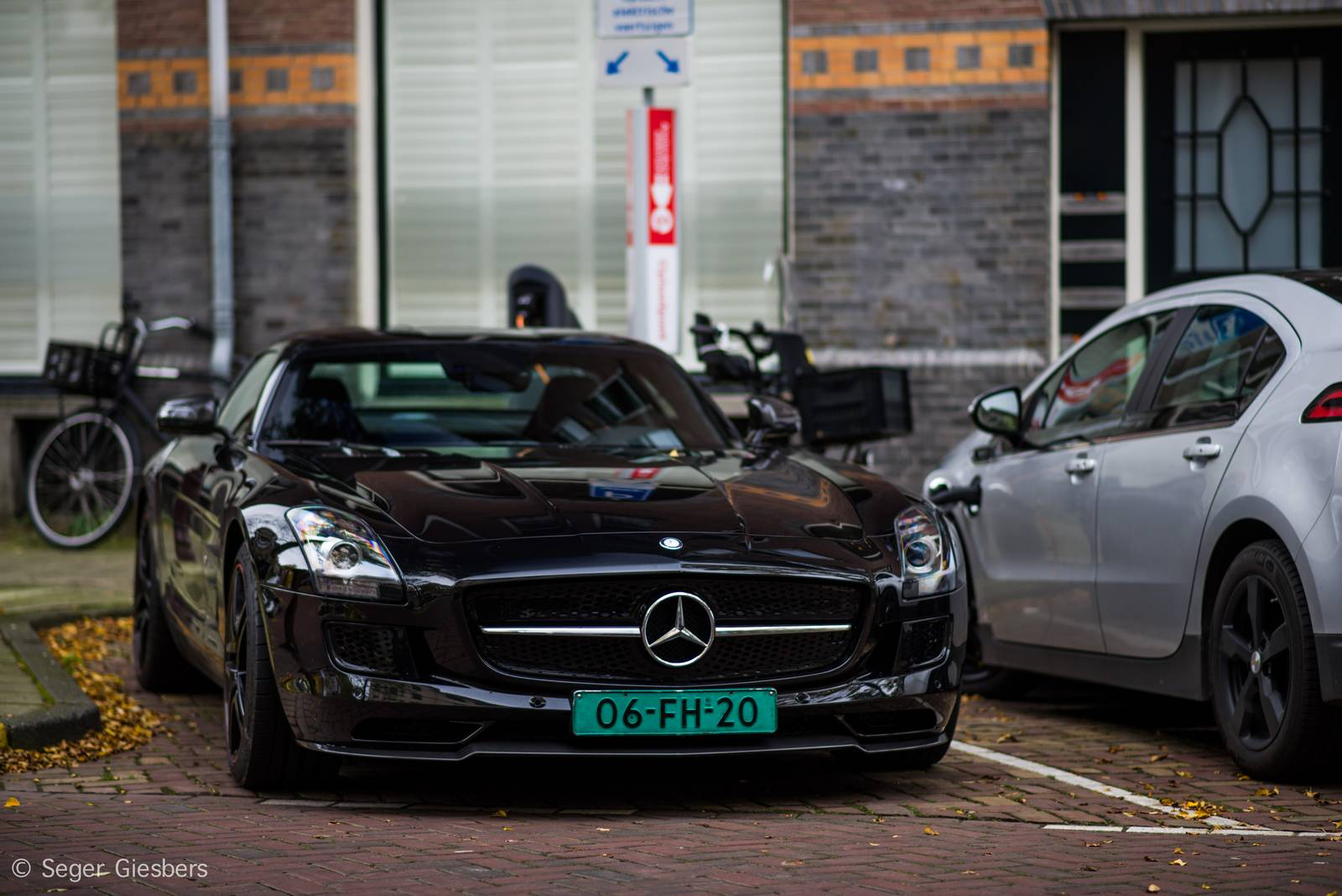 mercedes benz sls amg electric drive spotted in amsterdam