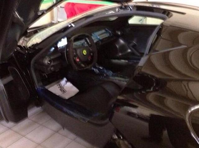 Samuel Eto'o's Black Ferrari LaFerrari Spotted