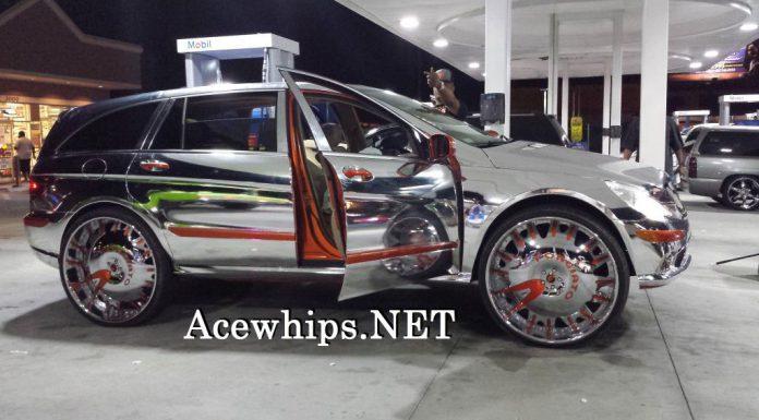Horrific Chrome Mercedes-Benz R500 on 30-Inch Wheels
