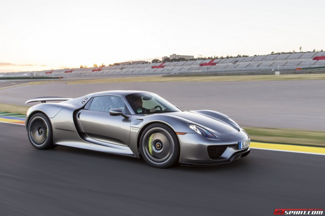 road test 2014 porsche 918 spyder review autos post. Black Bedroom Furniture Sets. Home Design Ideas