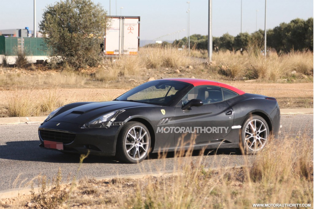 Next Ferrari California Spied With Twin-Turbo V8