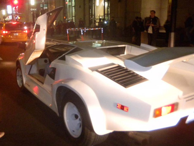 real 25th anniversary lamborghini countach destroyed in. Black Bedroom Furniture Sets. Home Design Ideas