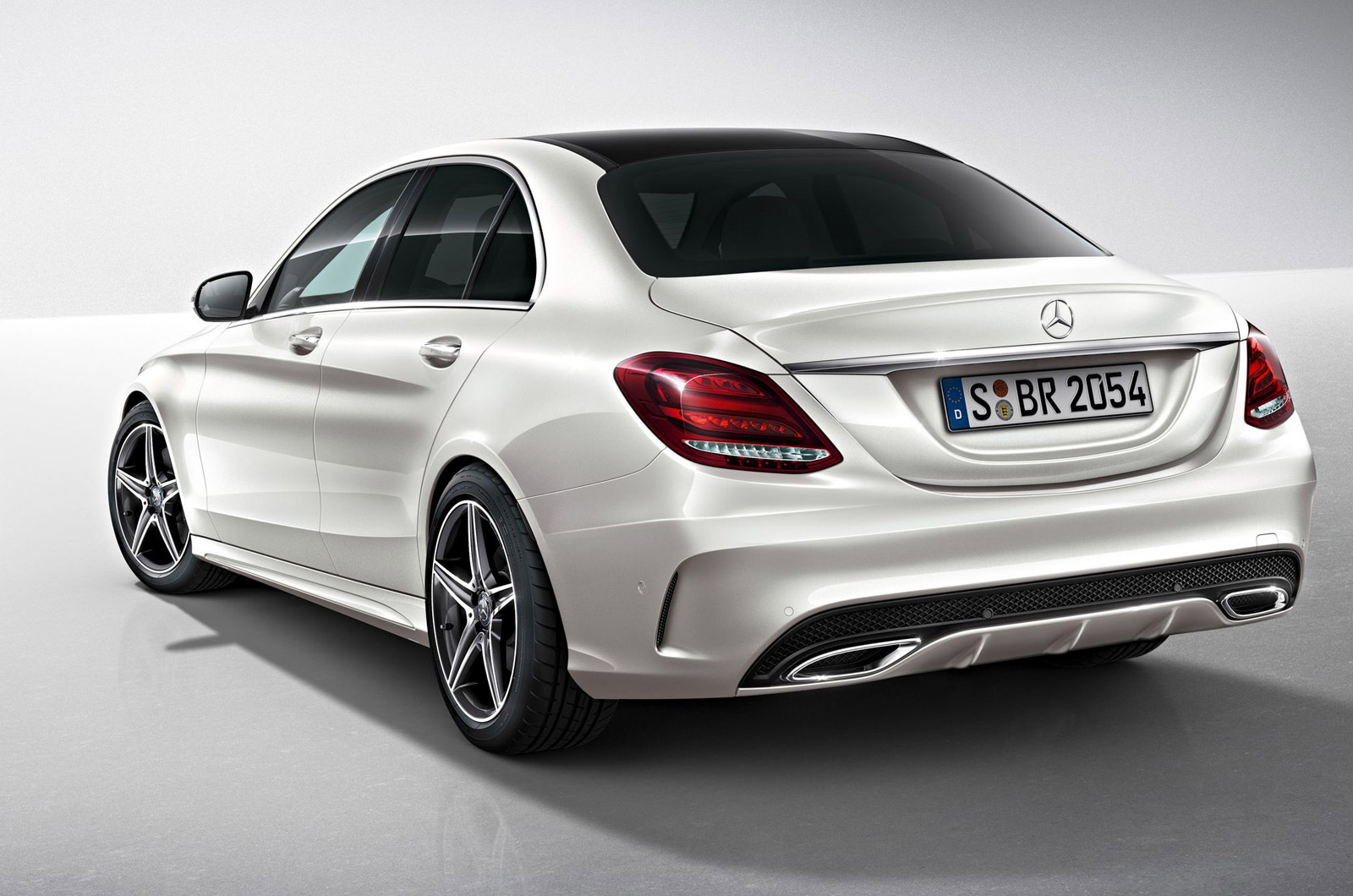 2014 mercedes benz c class amg package previewed gtspirit. Black Bedroom Furniture Sets. Home Design Ideas
