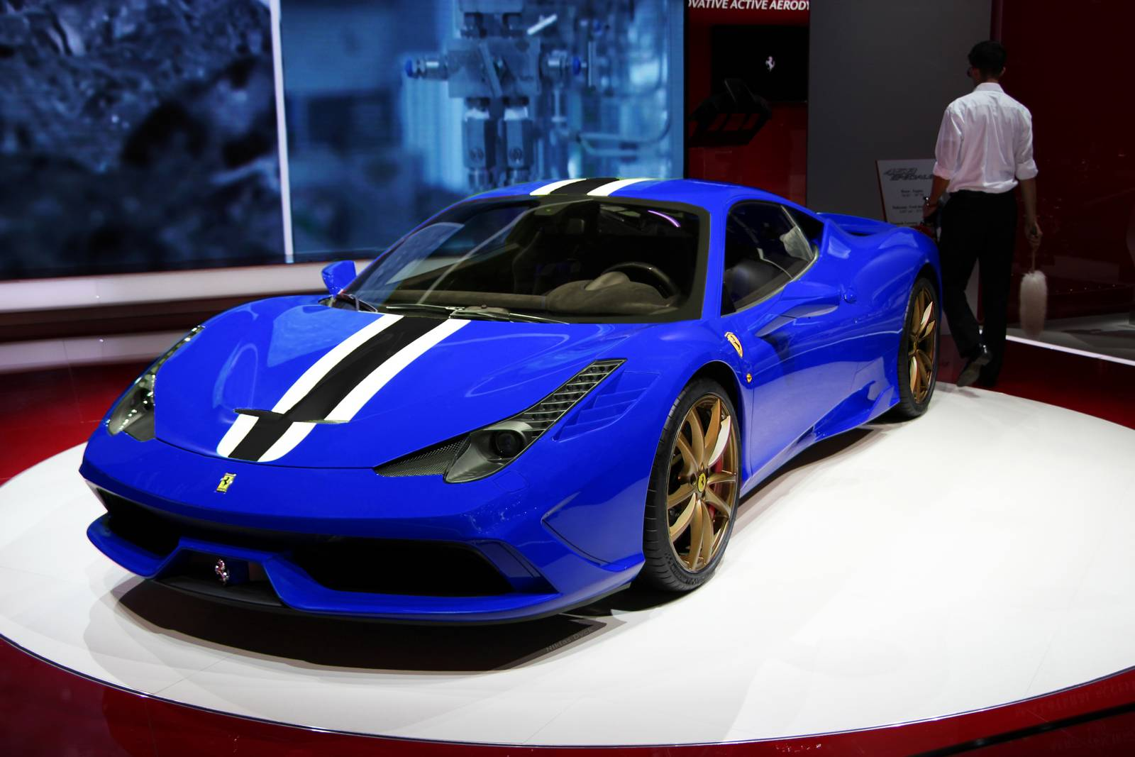 ferrari 458 speciale rendered in blue with gold wheels - Ferrari 458 Blue And White
