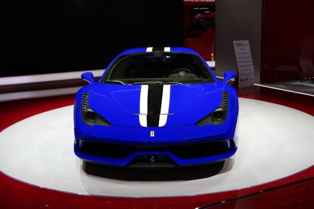 Ferrari-458-Speciale-3-640x426.jpg
