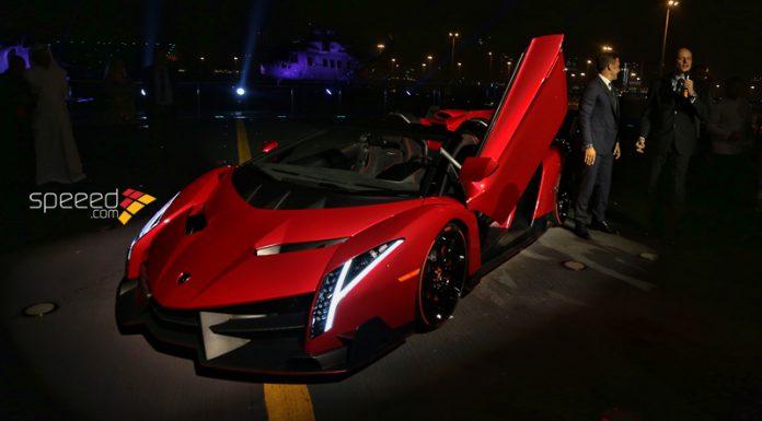 Lamborghini Veneno Roadster Arrives in the UAE in a Military Aircraft