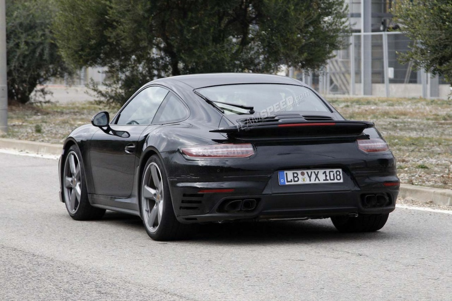 Is a Facelifted Porsche 991 Turbo Already in the Works?