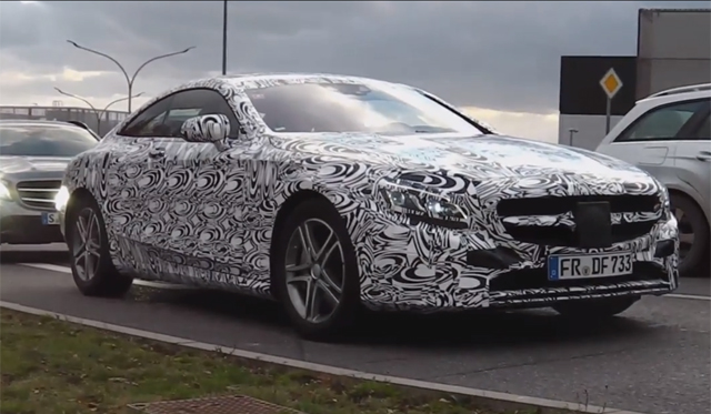 2015 Mercedes-Benz S-Class Coupe Filmed on the Move