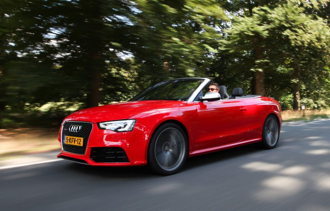Audi RS5 Cabriolet Driving