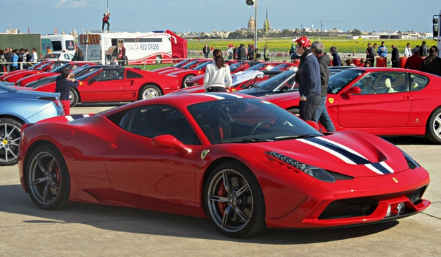 Video: Ferrari 458 Speciale joined Paqpaqli Ghall-Istrina 2013