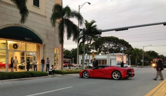 LaFerrari arrives at The Collection in Miami