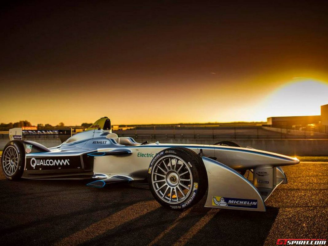 Red Bull Racing Could Enter Formula E in 2015