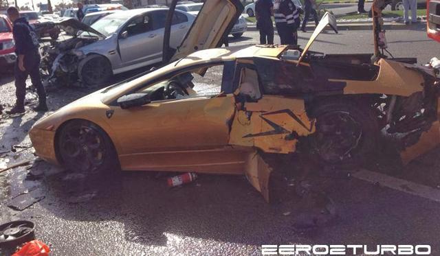 Original Lamborghini Murcielago Wrecked in Kuwait