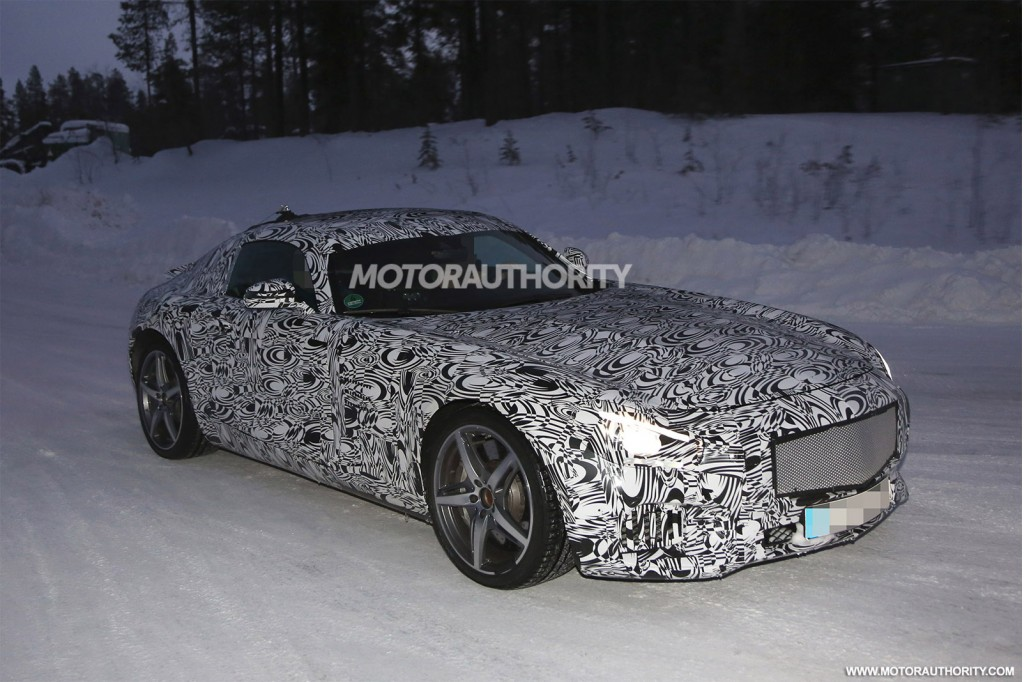 Mercedes-Benz AMG GT Tests in the Snow