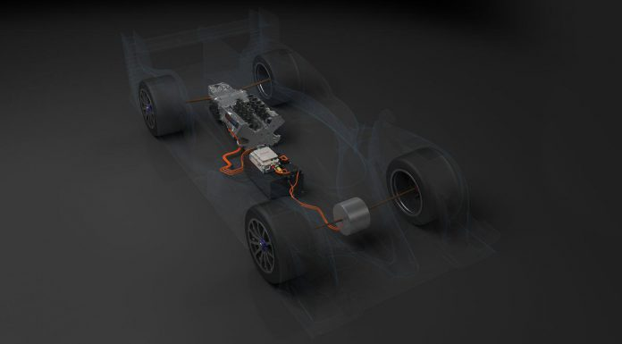 First 2014 Toyota TS040 Hybrid Previewed