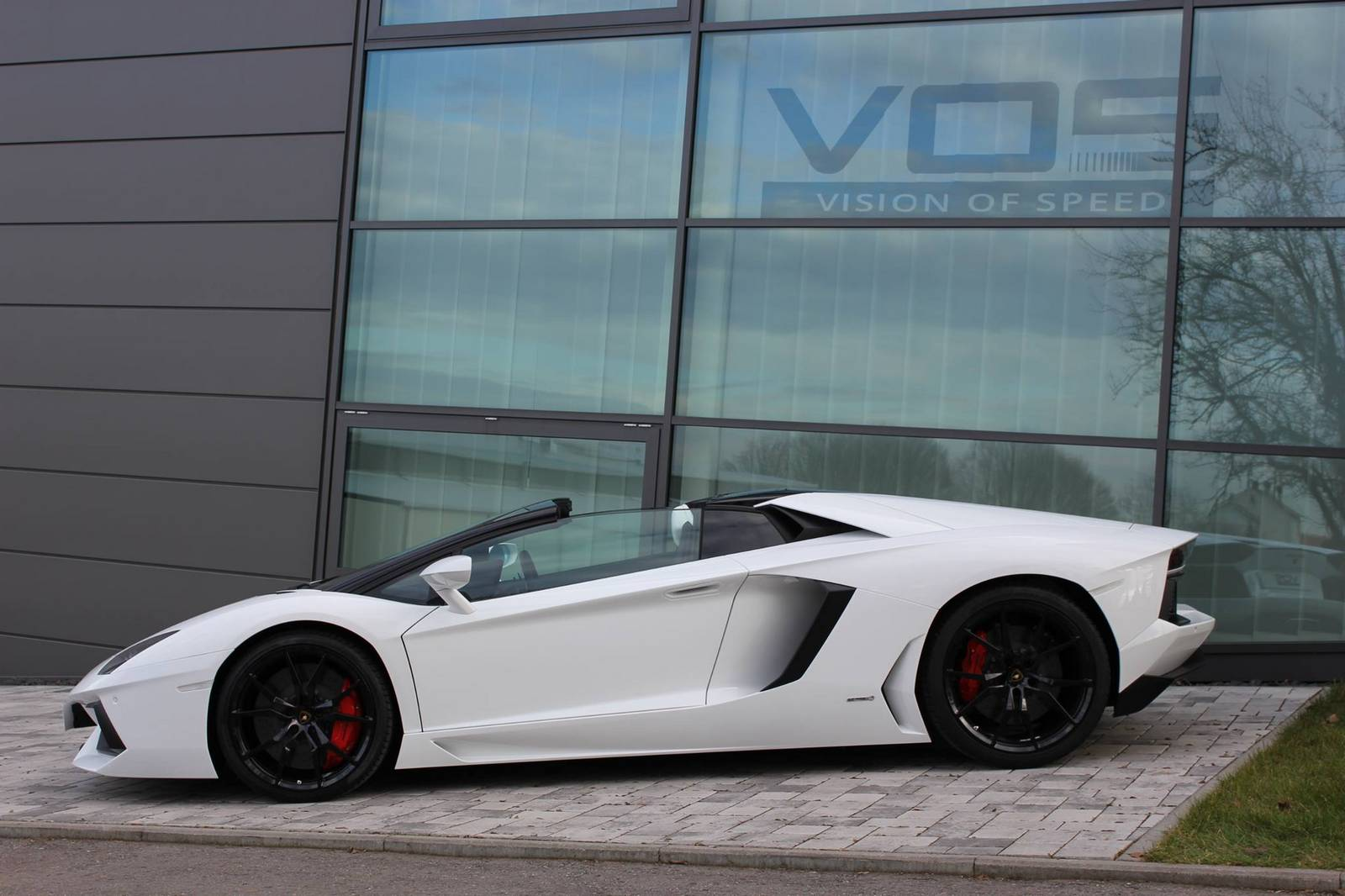 lamborghini aventador roadster white - Lamborghini Aventador Roadster White