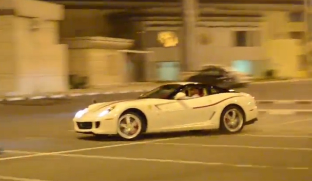 Ferrari 599 GTB Does Donuts Around Other Supercars!