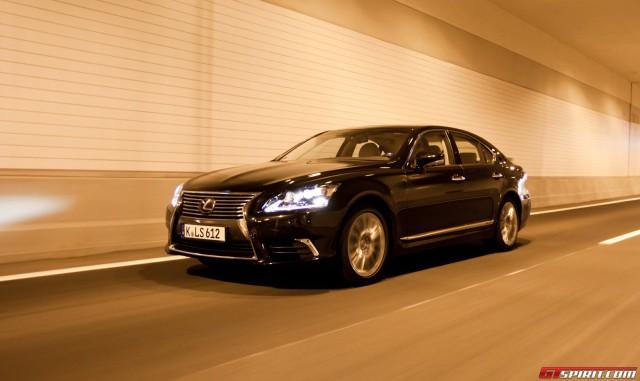 Lexus LS600h Road Test