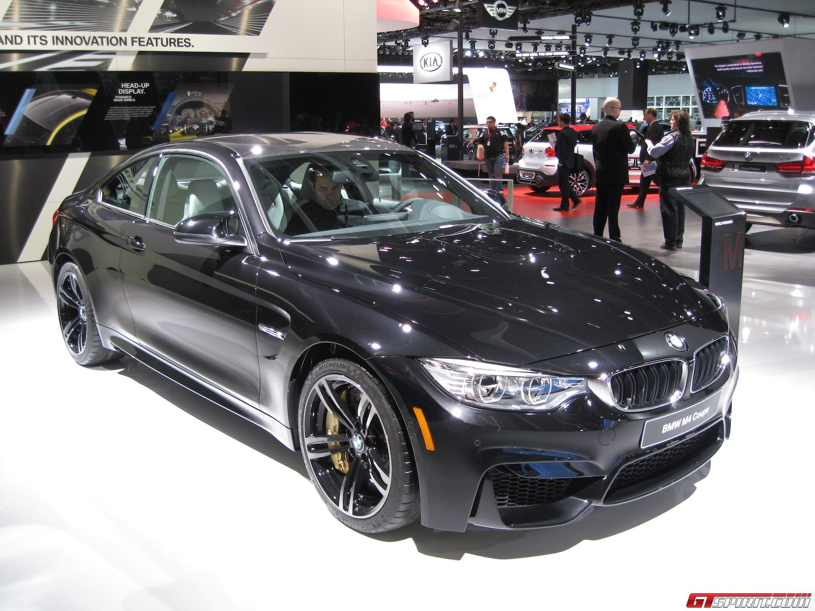 detroit 2014 black sapphire bmw m4 coupe gtspirit. Black Bedroom Furniture Sets. Home Design Ideas